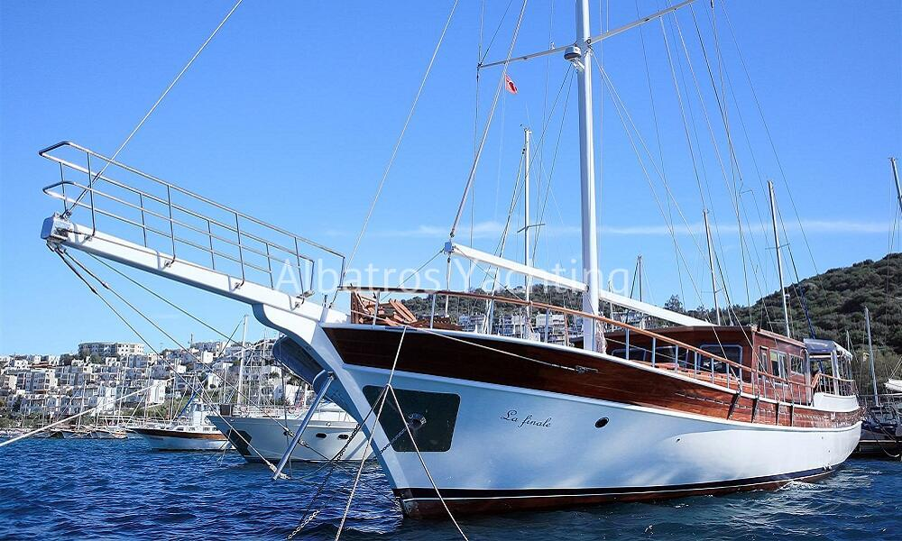 Discover the Gulf of Bodrum on board with Gulet La Final  - Albatros