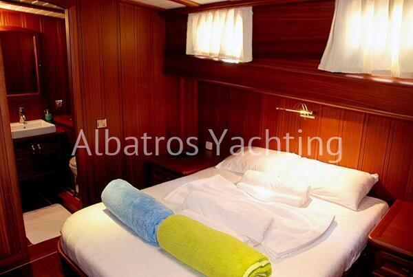 Atalante is 4 cabin luxury gulet . - Albatros