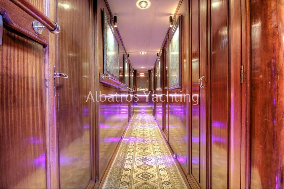Altair is 6 cabin luxury yacht . - Albatros