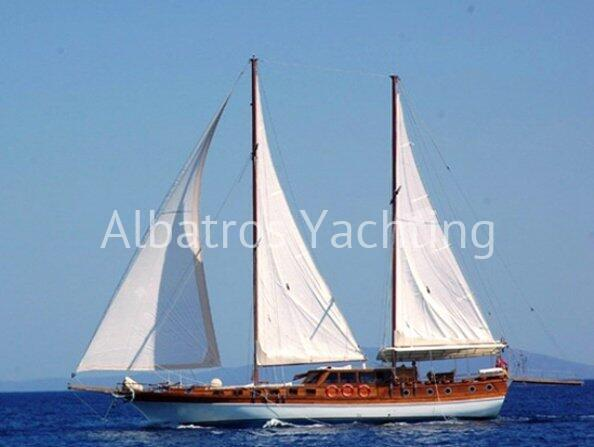 ALIAGA 1 Gulet Aliaga 1 awaits you for a pleasant blue cruise. - Albatros